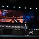 Image for the Tweet beginning: Intel unveils 5G hardware and