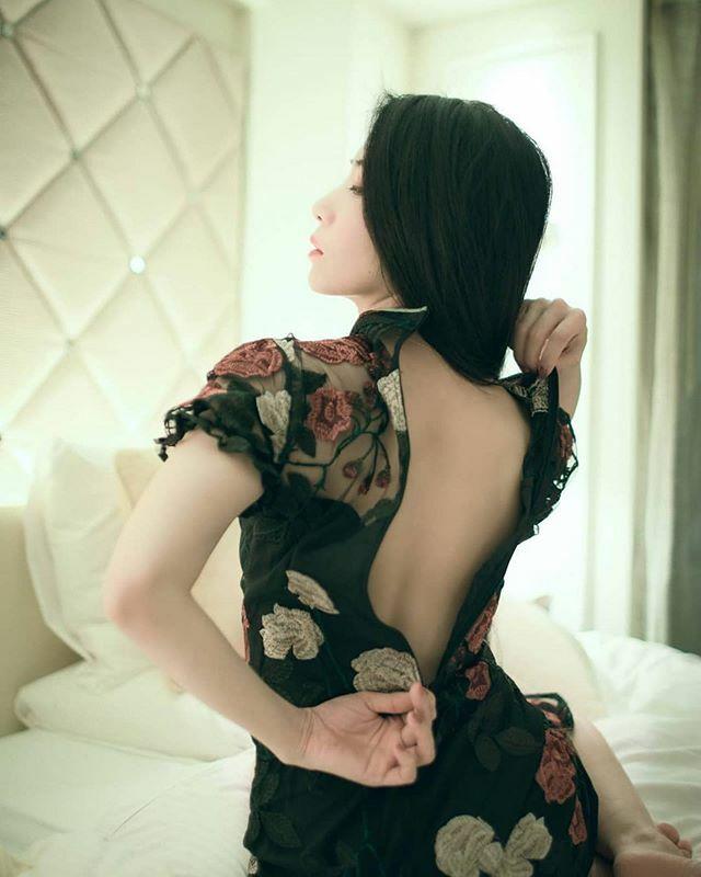 Repost @anemone_coronaria0325 ・・・ Japan. #humanedge #artofportraitphotography #beautifullady #beautifulgirl #japanesegirl #gravure #moodyportraits #portraitunit #portraitmood #bravoportraits #artofportrait #portraitpage #moodyports #portraits_mf #glo… https://ift.tt/32utFqTpic.twitter.com/SCzo6tL1jZ