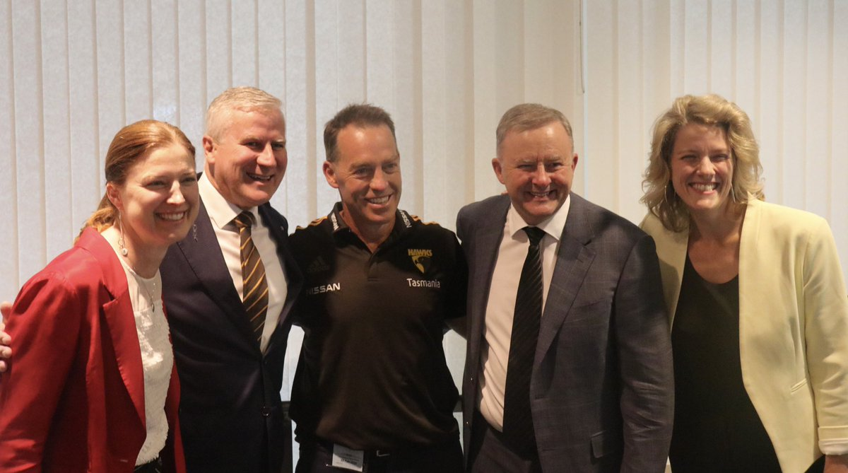 Great to be at the fifth annual Hawks on the Hill event tonight. At a rate of one flag every four years, @HawthornFC have won 11 Premierships in 44 years. With our last in 2015, we are more than due in 2020! #GoHawks