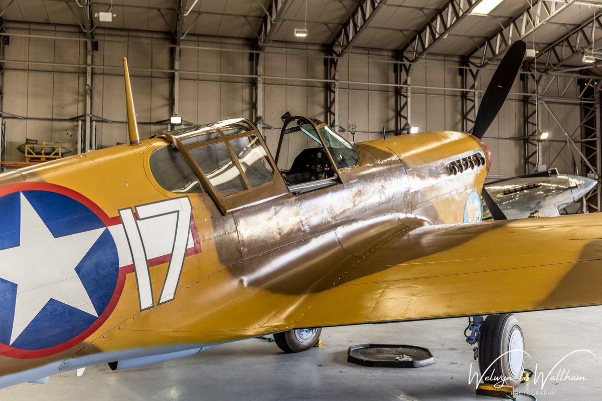 Curtiss P-40F Warhawk 'Lees Hope' in the hangar at Duxford during the 'Daks Over Duxford' event last June @TFCDuxford @SocietySpitfire @ww2spitfire @LoveWW2Planes @IWMDuxford_ @IWMDuxford @DuxfordAirshows #Spitfires #avgeeks #DDay #daks #daksovernormandy https://t.co/e6sUfv635b