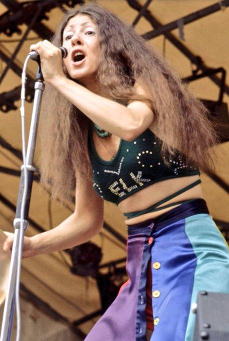 Happy Birthday to former Vinegar Joe vocalist Elkie Brooks, born on this day in Salford, Lancashire in 1945.