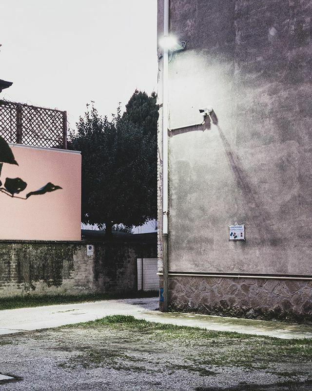 Reason #whatitalyis #picoftheday #photooftheday #rovigo #italy #streetphotography #mobilephotography https://ift.tt/32tQxHgpic.twitter.com/oK3B9jqR7v