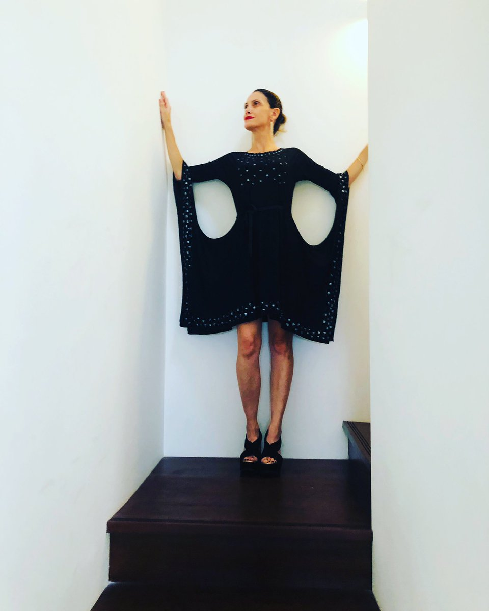 Showroom coming soon  Art and Fashion  Dresses http://www.lulabybonfiglio.com Próximamente nuevo Showroom  Arte y moda  Vestidos http://www.lulabybonfiglio.com #art #arte #fashion #moda #artandfashion #arteymoda #dress #dresses #vestidos #luciabonfiglio #artist #artista #lifestylepic.twitter.com/0L10tyXQwV
