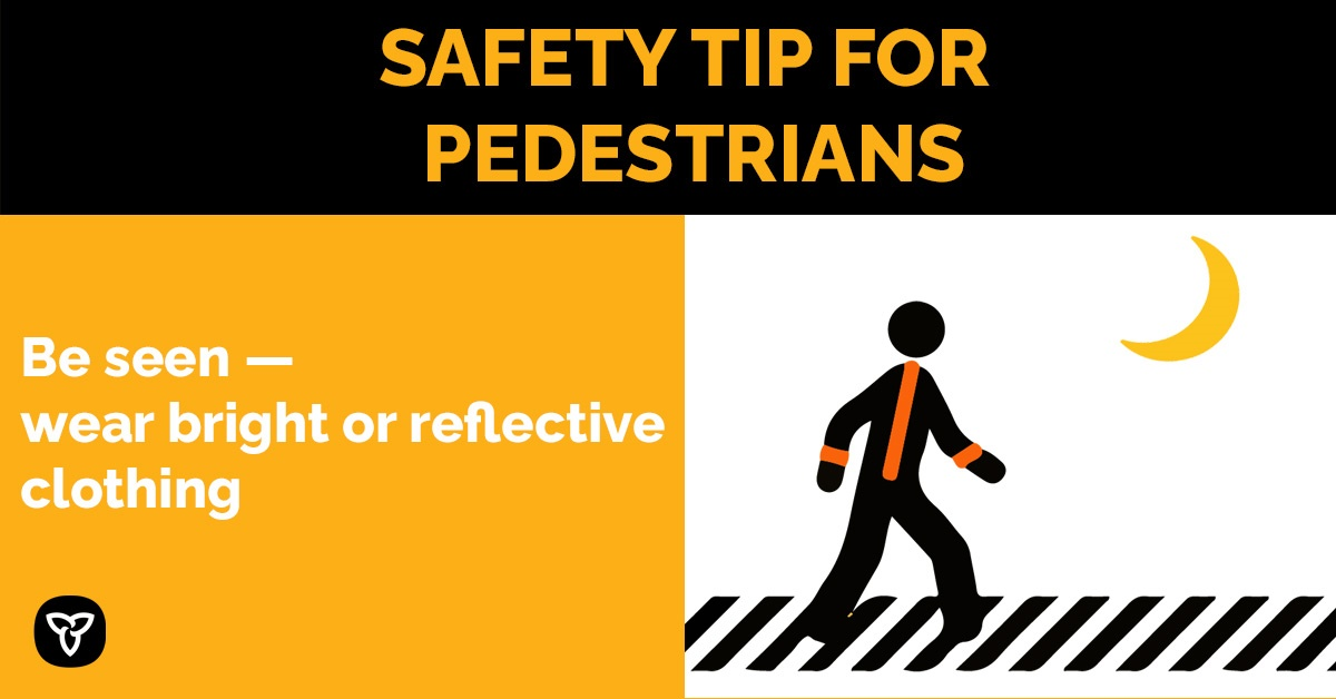 Attn pedestrians: be sure to wear bright or reflective clothing when it's dark outside. Keep yourself safe. #BeAware and #BeAlert. http://Ontario.ca/PedestrianSafety… #PedestrianSafety #SafetyTippic.twitter.com/shsRgjJ1Lo