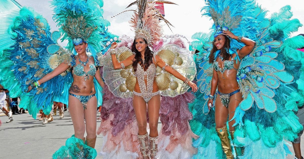 .@MSP_world can we PLEASE have a theme based off of Trinidad's 'Carnival'? It's fun, colourful and ALSO glamorous! pic.twitter.com/SMD6JCG3jk