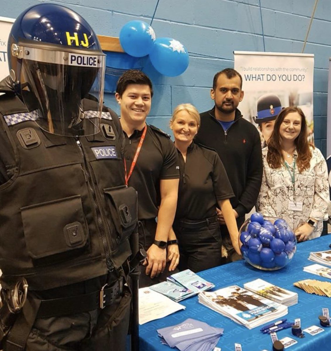 Back at @ucas_online come find out about our free degree or graduate diploma in Professional Policing! #police #policing #freedegree #Apprenticeship @UniOfSurrey @SurreyPolice