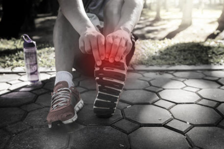 Having foot pain?  It might be one of these common foot conditions.    https://buff.ly/2T9iU98   from @DrJPElton   #health  #sports  #medical