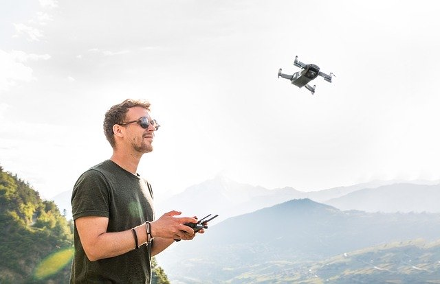 Back to a job you hate today? If your stuck in a job you dislike why not consider a new career in the rapidly expanding commercial drone sector  #drone #dji #dronephotography #dronestagram #drones #fpv #photography #mavic #training #videography
