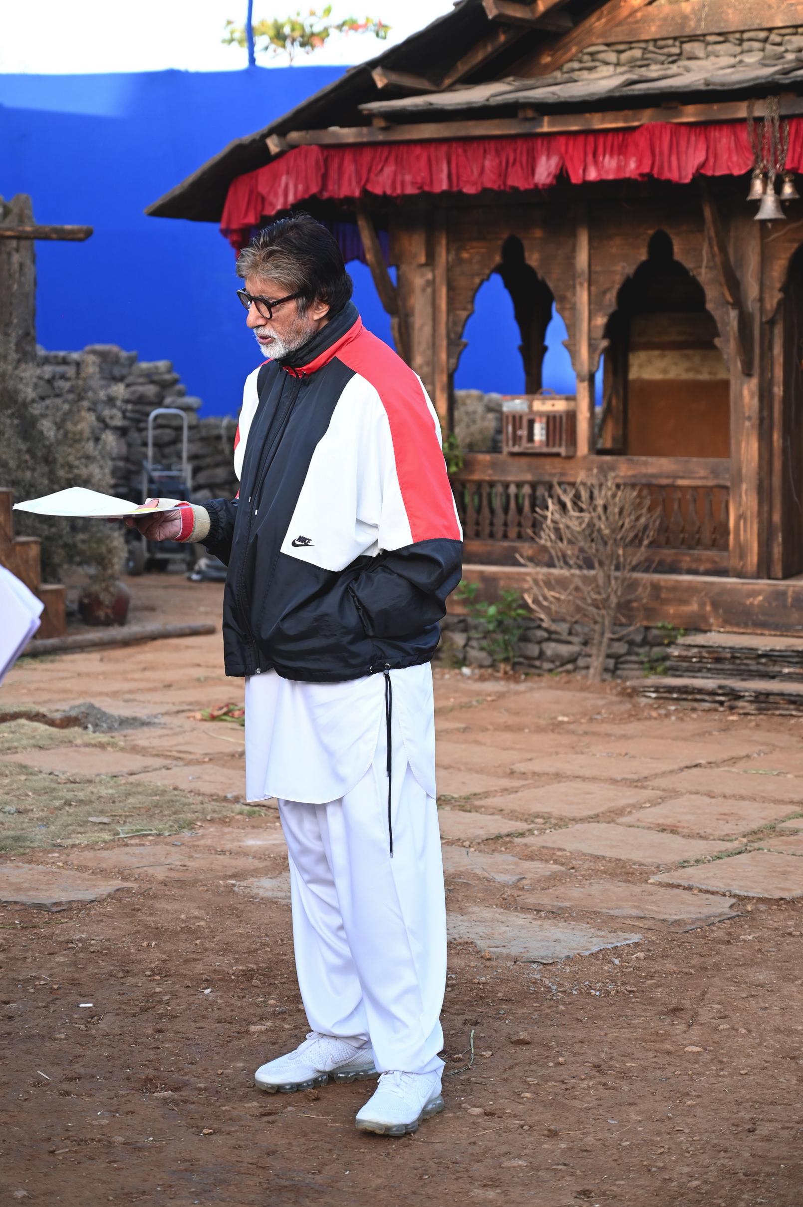 Image Shooting Amitabh Bachchan and Ranbir Kapoor