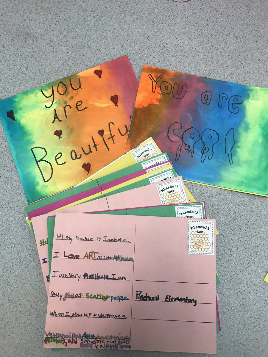 Sending our first round of post cards to Pinehurst!! #Frontiersoars @VonessaQ<br>http://pic.twitter.com/sBHmH0QCLZ