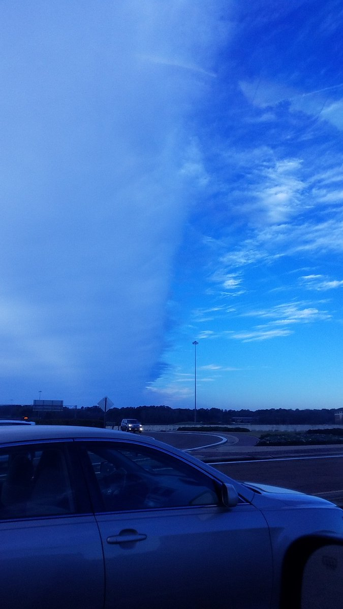 @wxkara @16WAPTNews this was at the overpass 463 + 55<br>http://pic.twitter.com/EtNM6TIBUQ