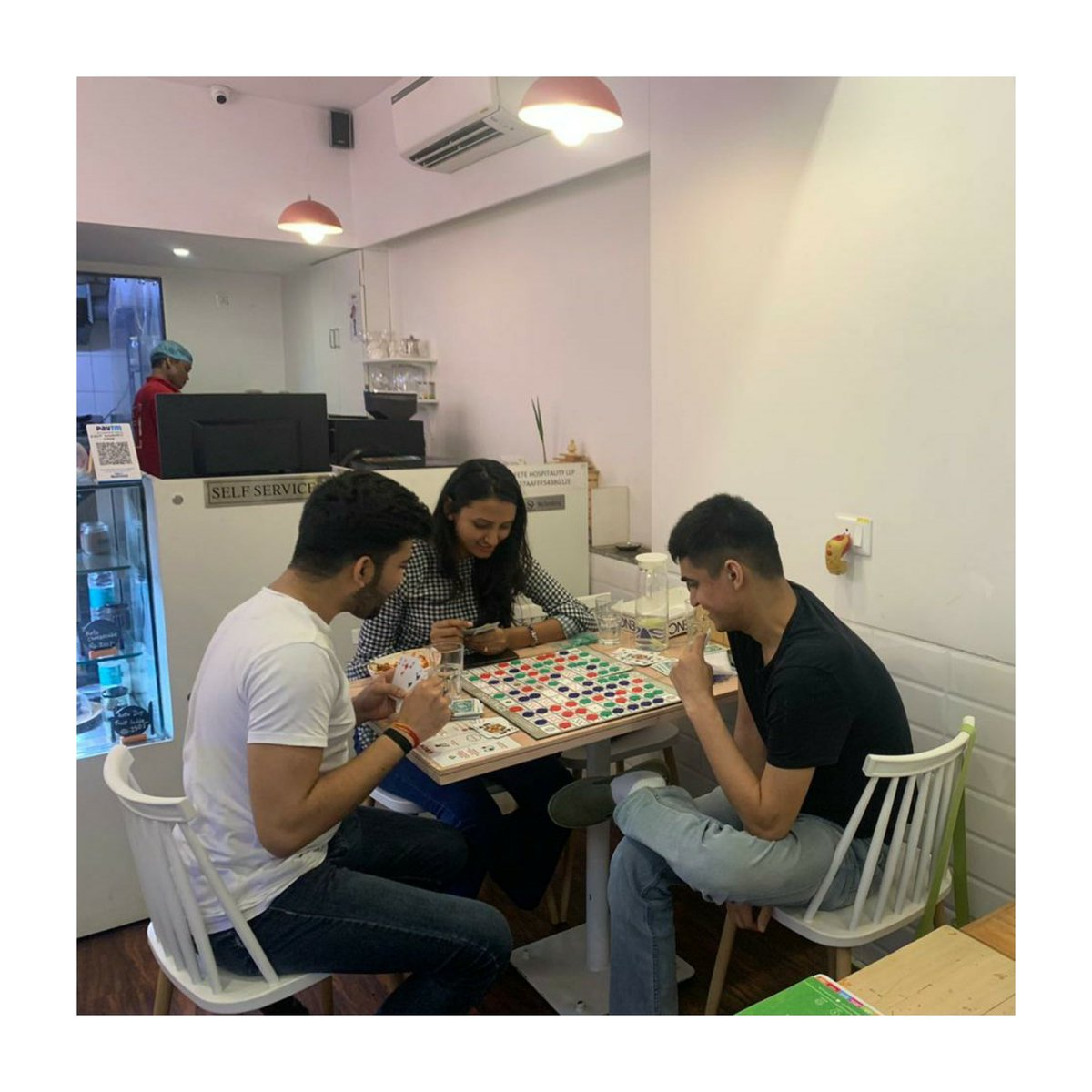 One of the favourite board games played @edengoodnesscafe  is Sequence! . Which is your favourite board game? . #boardgame  #sequence  #goodfood  #goodtime  #cleaneating  #mumbaicafes  #oshiwara  #lokhandwala  #eatgoodlivegood