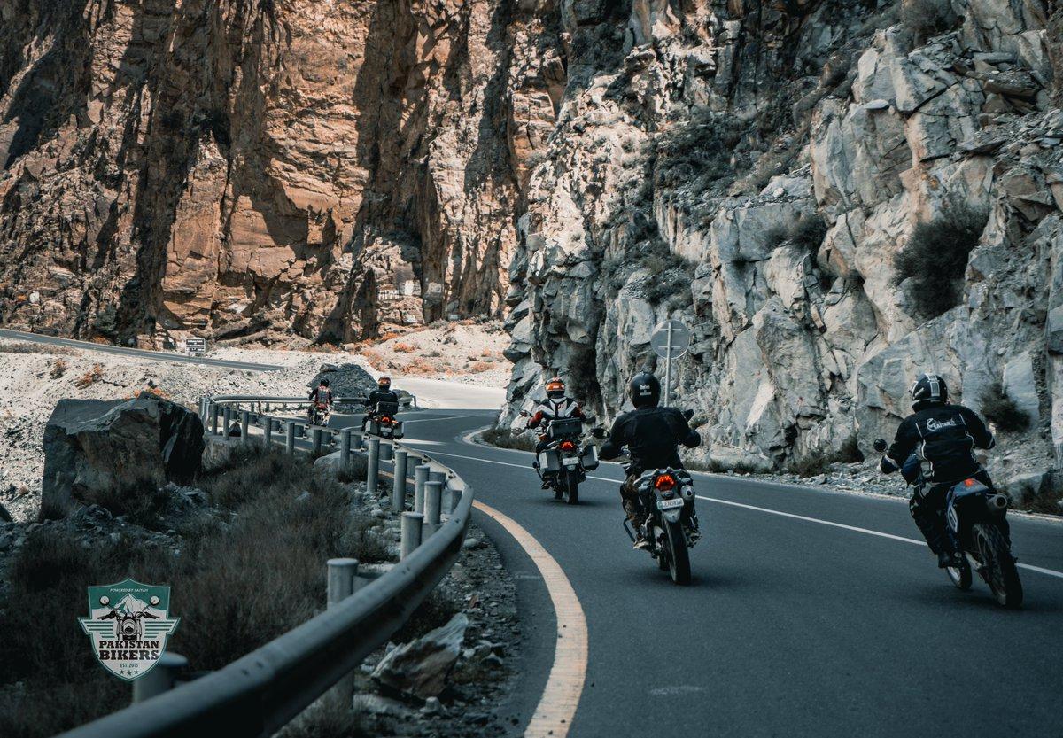 10 days riding makes you feel 5 years younger. #LifeOnTwoWheels  #Motobike #Karakoram #Mountains