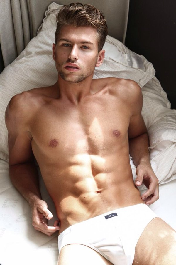Hot Naked Guy Shower Selfie Abs