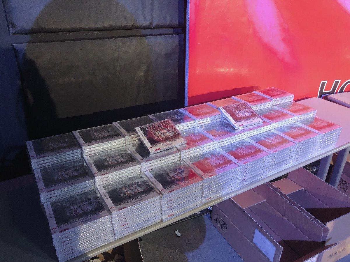 本日発売 WT☆Egret 3rdシングル 『SHIRASAGI DISCO』  ✌️デイリーランキング2位✌️  本当にありがとうございます😭✨  リリイベラストまであと5日! ウィークリーもありますので… よろしくお願いします!!  #すまいる日記 #WT_Egret   ☟昨日私が並べたやつ。笑