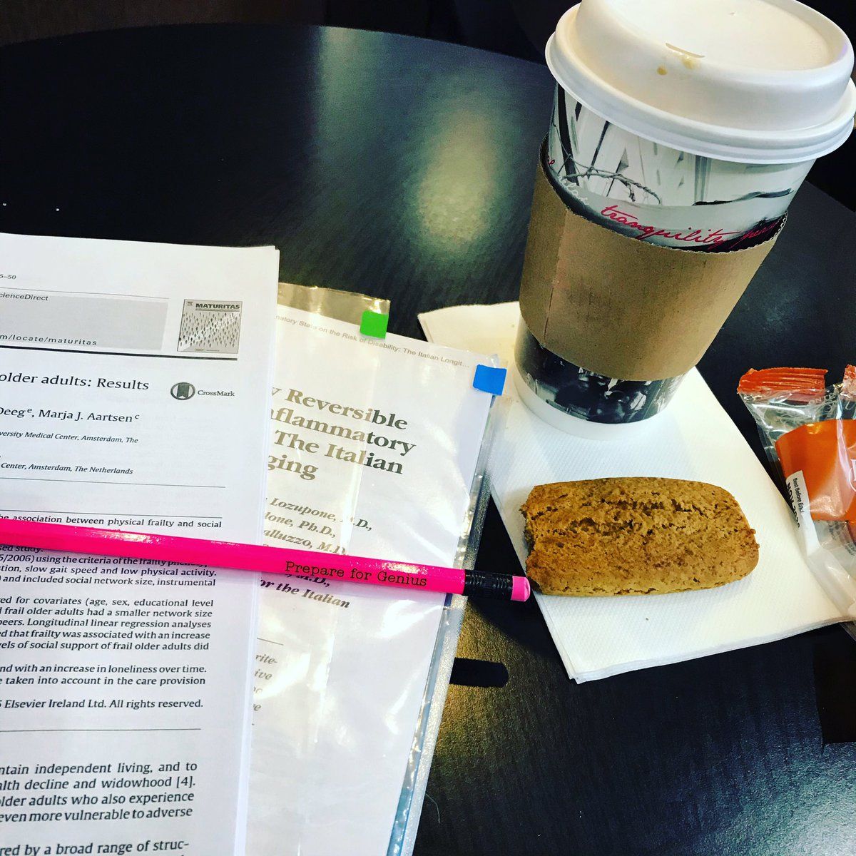 #PhDjourney when your office goes where you do and you need to prepare for genius when it strikes  <br>http://pic.twitter.com/x20wCdPiDO