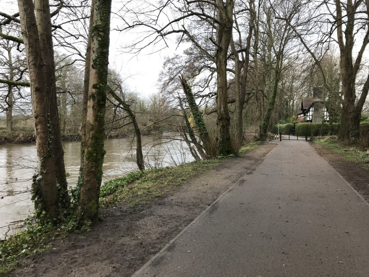 There have been 7 robberies in 5 weeks on the Taff Trail, but some walkers say they were not aware of the warnings in place  #Cardiff #TaffTrail   https://t.co/boxiBcBHnx https://t.co/BarcOegVUP