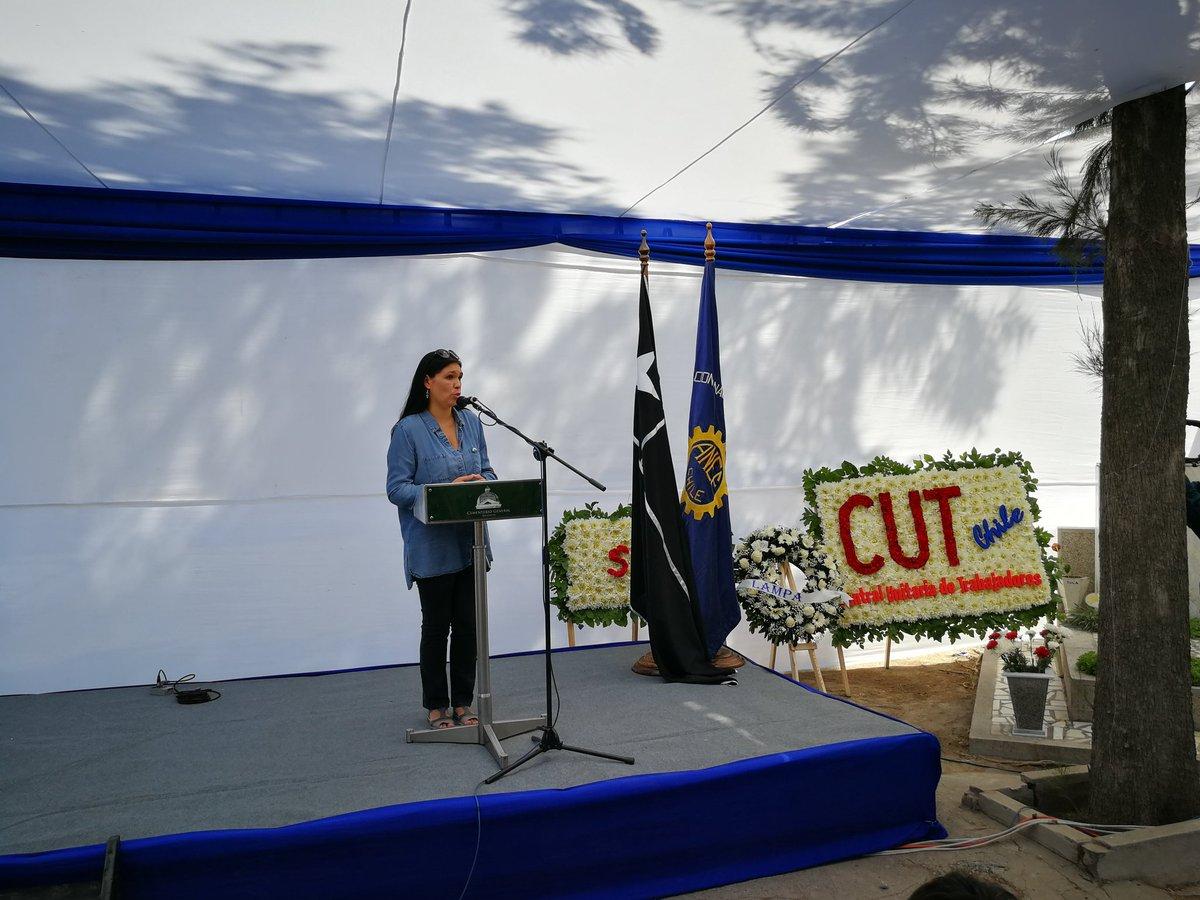 Presidenta de la CUT, Bárbara Figueroa, señala que: Queremos verdad, justicia y reparación. Creemos necesario para construir una democracia terminar con el negacionismo.  #ANEF  #CUT  #ConTucapelEnLaMemoria  #DerechosHumanos