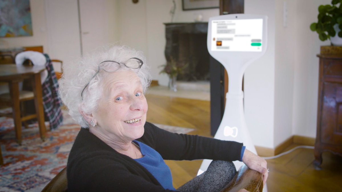 Hello ! The companion #robot Cutii is in Boston, #USA with @MassChallenge ! Find all the #news on this #Twitter account 🇺🇸  #Robotics #seniors #frenchtech