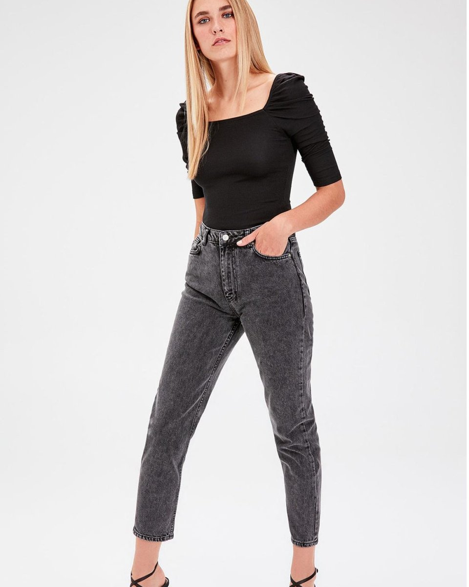#igers #tagsforlikes Trendyol Anthracite Normal Waist Mom Jeans TWOAW20JE0053