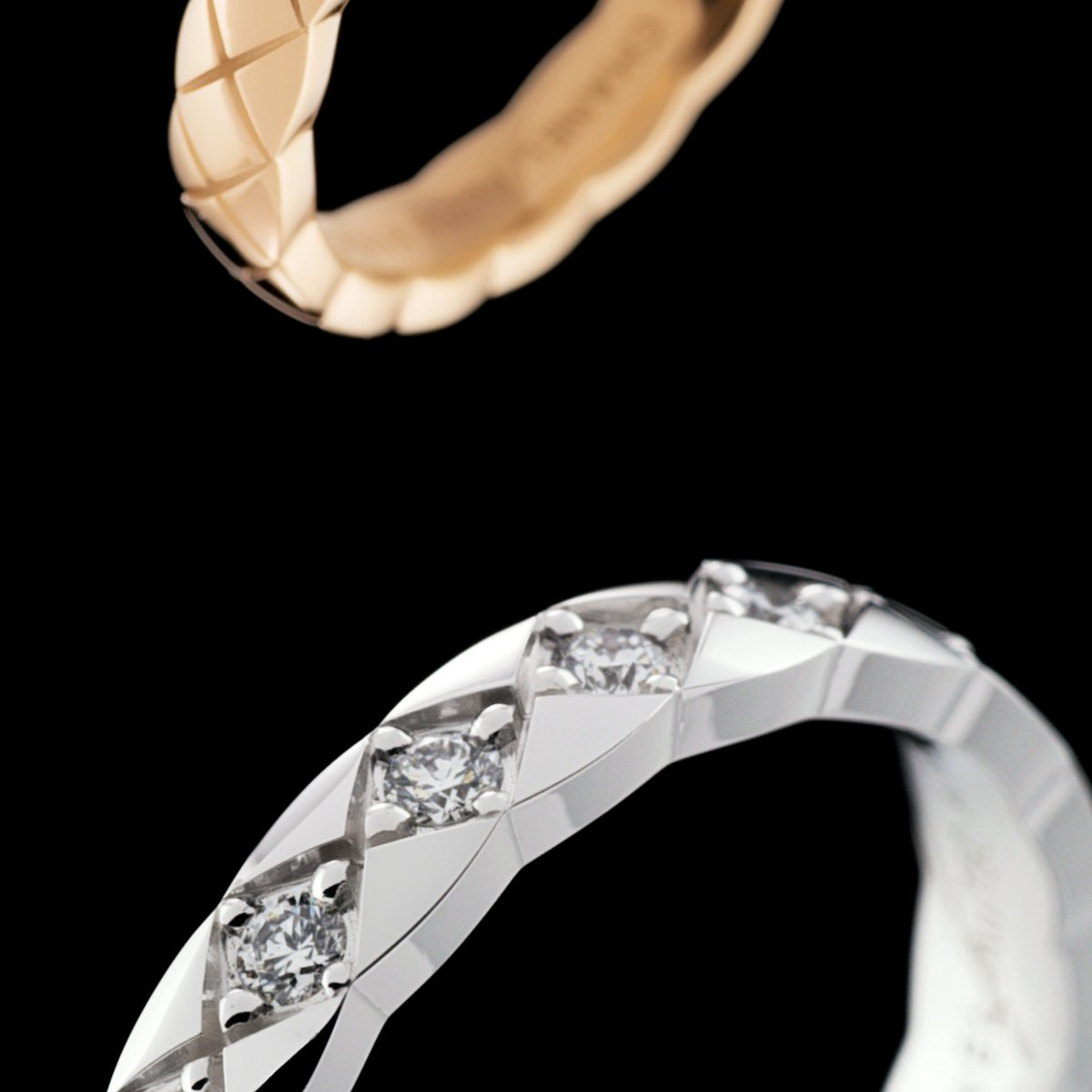 COCO CRUSH MINI. In yellow, white or BEIGE GOLD. With or without diamonds. Discover the mini versions of the COCO CRUSH collection rings on https://t.co/376urEYzw4 #COCOCRUSH #CHANELFineJewelry https://t.co/8GPaGQmFr9