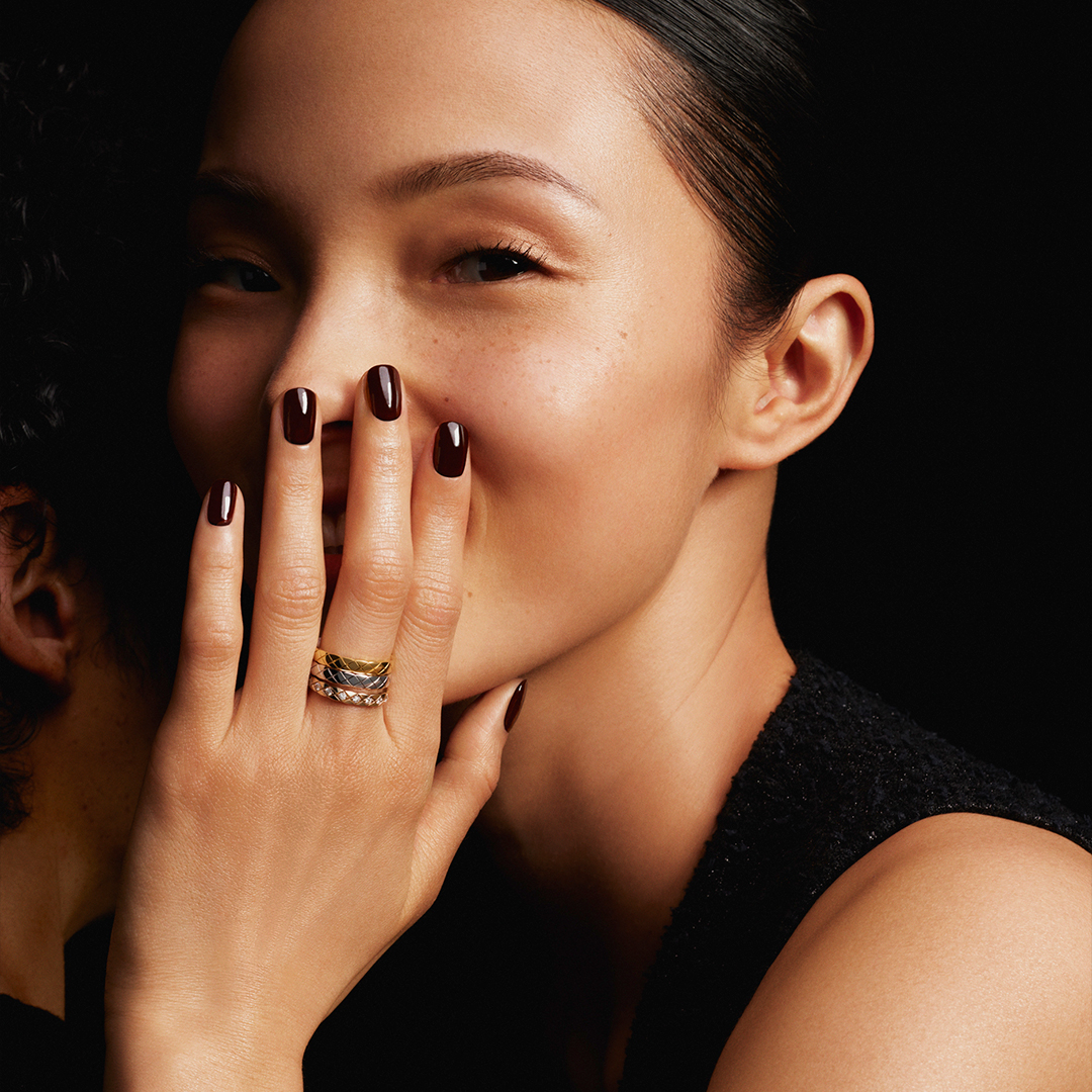 COCO CRUSH MINI.  The mini versions of the COCO CRUSH collection rings can be stacked on multiple fingers or worn separately on every finger. The choice is yours.  #COCOCRUSH #CHANELFineJewelry  Discover on https://t.co/376urEGYEw https://t.co/TAHUF9BjdD