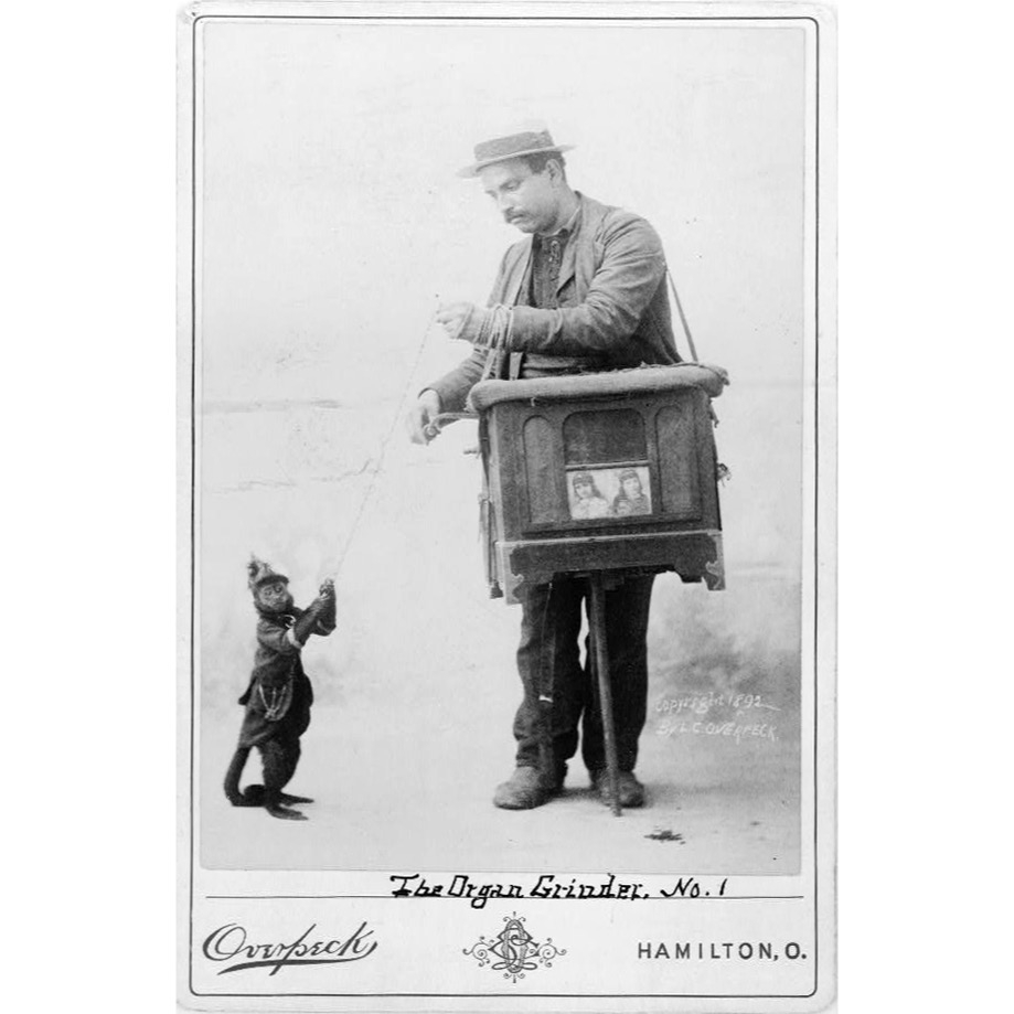 The organ grinder was a musical novelty street performer of the 19th c & the early part of the 20th c. Later depictions would stress the romantic or picturesque aspects of the activity.   [An organ grinder with a monkey, 1892.] #organgrinder #19thcentury #streetperformerpic.twitter.com/gLs0350E5O