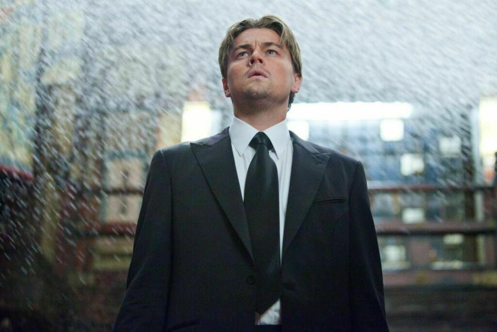 Leonardo DiCaprio en Inception (Christopher Nolan, 2010) http://bit.ly/2TdsUympic.twitter.com/smqh0e4hn9