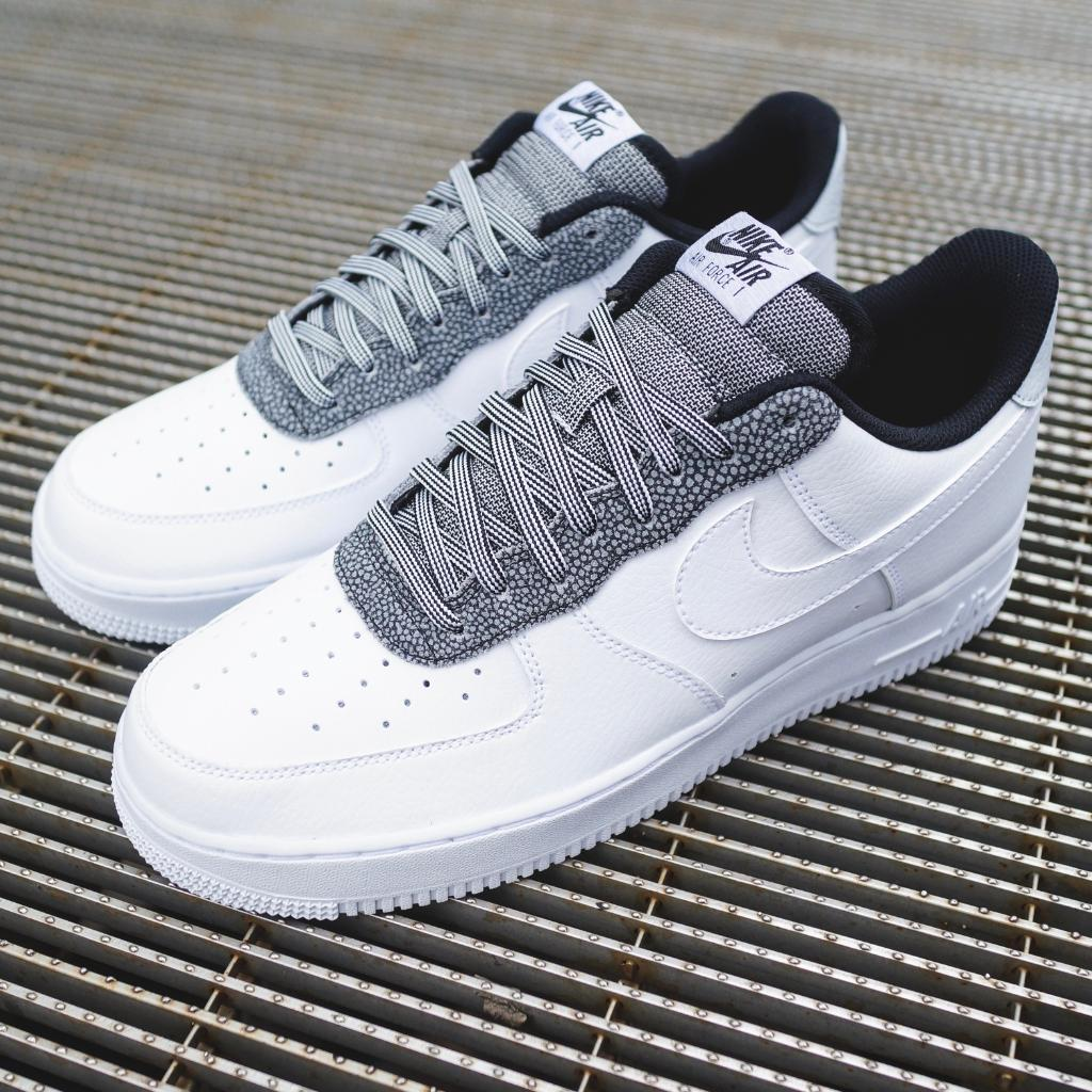 air force 1 noir foot locker