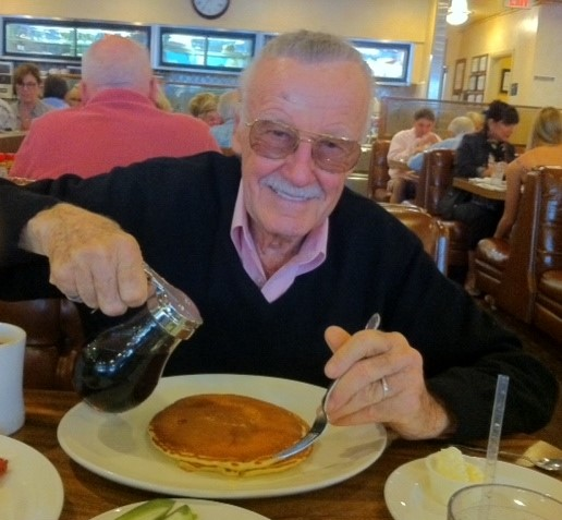 If you ever needed a photo to brighten your morning, may we suggest this. #NationalPancakeDay #StanLee