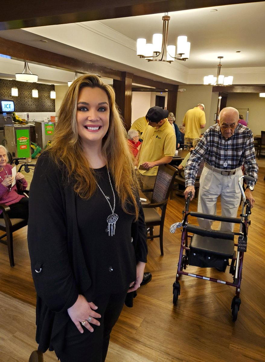 I had fun performing today for the Heritage Hills Memory Care Center. Such a great group of people! Thanks for inviting me.  #Alzheimers  #dementia #alzheimersawareness #Mlotters #MlottersNation  #singer #songwriter #risingstarpic.twitter.com/W3F1rL2TGF – at Soldiers & Sailors Monument