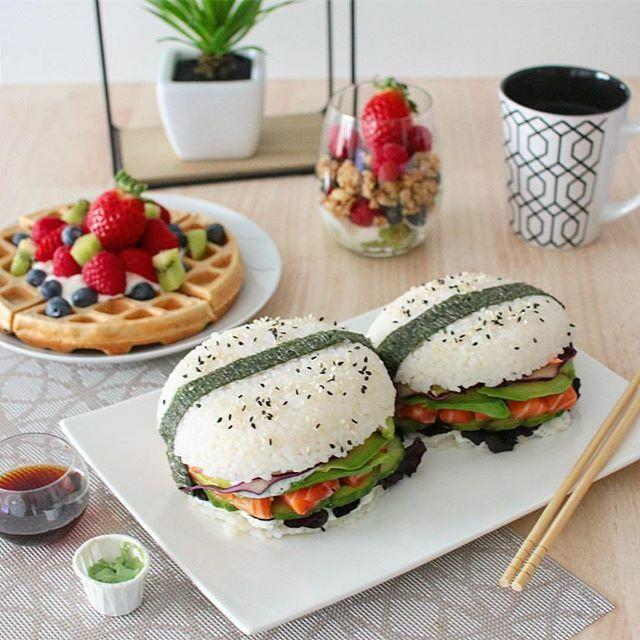 Sushi Burger ⭐️📸@mm_fitt⭐️#burger #sushi #sushiburger #waffles #brunch #sushilover #burgerlover #food #foodlover #foodporn #foodie #foodpics #foodphotography #deliciousfood #yahoofood #yummy #gluttony #coolinaria #eeeeeats #beautifulcuisines #buzzfeast #foodandwine #eatthewo…