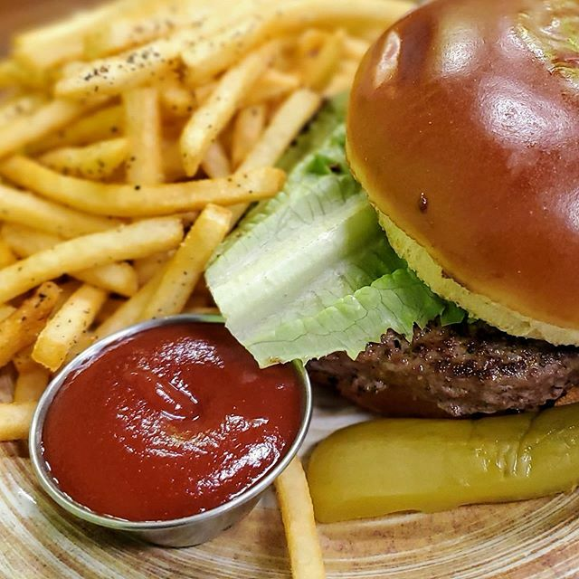 #food - classic 🍔 and 🍟