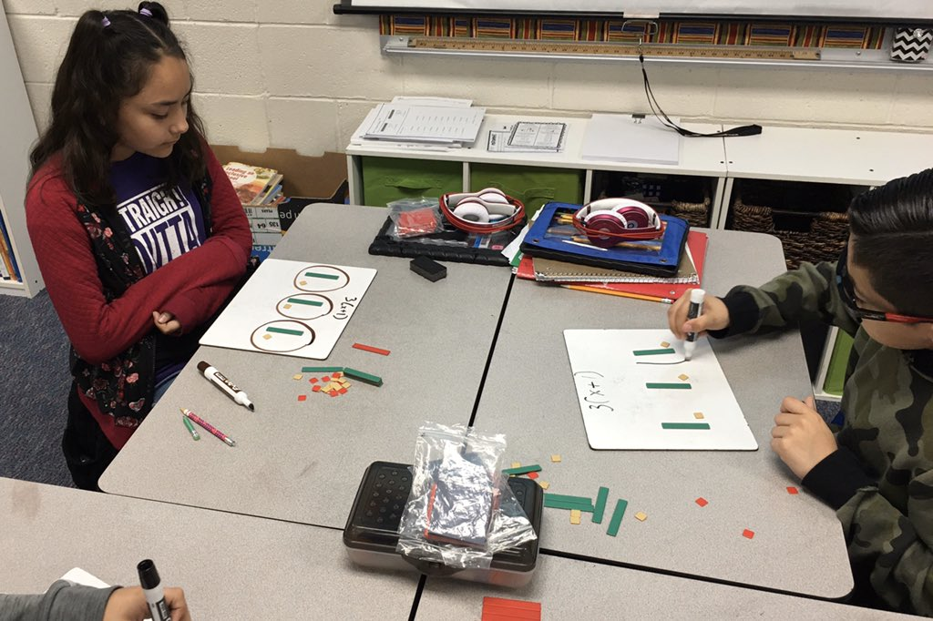 Using algebra tiles to model the distributive property. @ValleyGleamer #WhyCrane #GleamersGlow #WeAreCrane <br>http://pic.twitter.com/8gUDCIEqE6