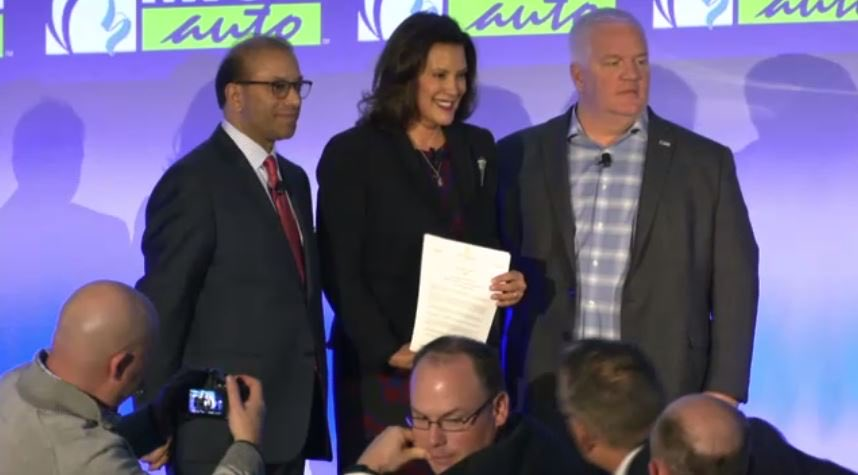 Honored to host @GovWhitmer today at @DetroitChamber @MICHauto #Summit signing several executive orders further positioning Michigan to lead in the new world of next-generation mobility.