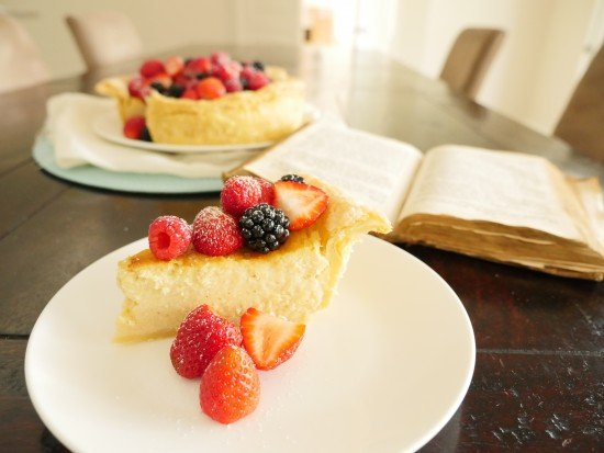 The 200 year OLD cheesecake recipe | Ann Reardon How To Cook That http://ow.ly/KytN50yvGHC #history #cheesecake #19thcentury pic.twitter.com/TckSvj0pOQ