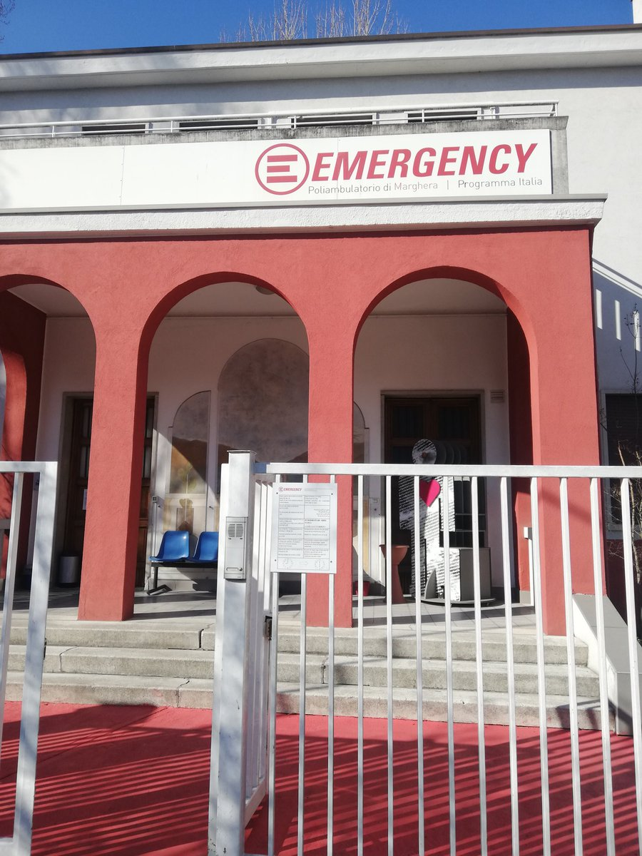 I was honored to do a public engagement activity with the Italian programme of Emergency NGO in Marghera (Venice) last Friday. I wish activities like this could be more frequent! Thank you @emergency_ong for the opportunity and the support!pic.twitter.com/dchnRcVs4N