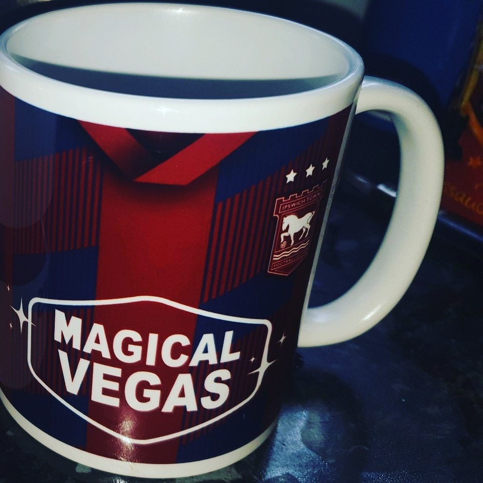Ipswich fans! Spice up that morning brew with a retro kit mug from theterracestore.com Retweet and follow and you could bag a free one in this weekends prize draw! #itfc #ipswichtown