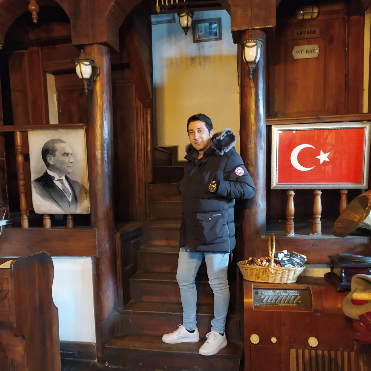 #YeniProfilResmipic.twitter.com/Qh3xI3BGrx