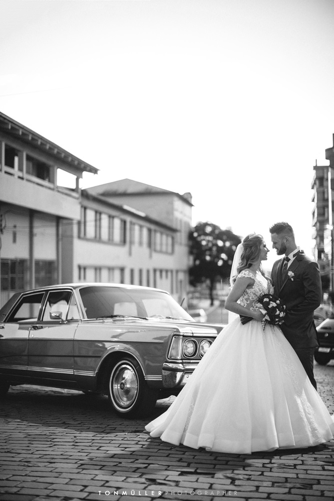 #blackandwhite #bnw #photography #blackandwhitephotography #art #bw #photooftheday #love #portrait #photo #instagood #black #monochrome #streetphotography  #picoftheday  #photographer #instagram #like #wedding #Bride #Landau #Ford