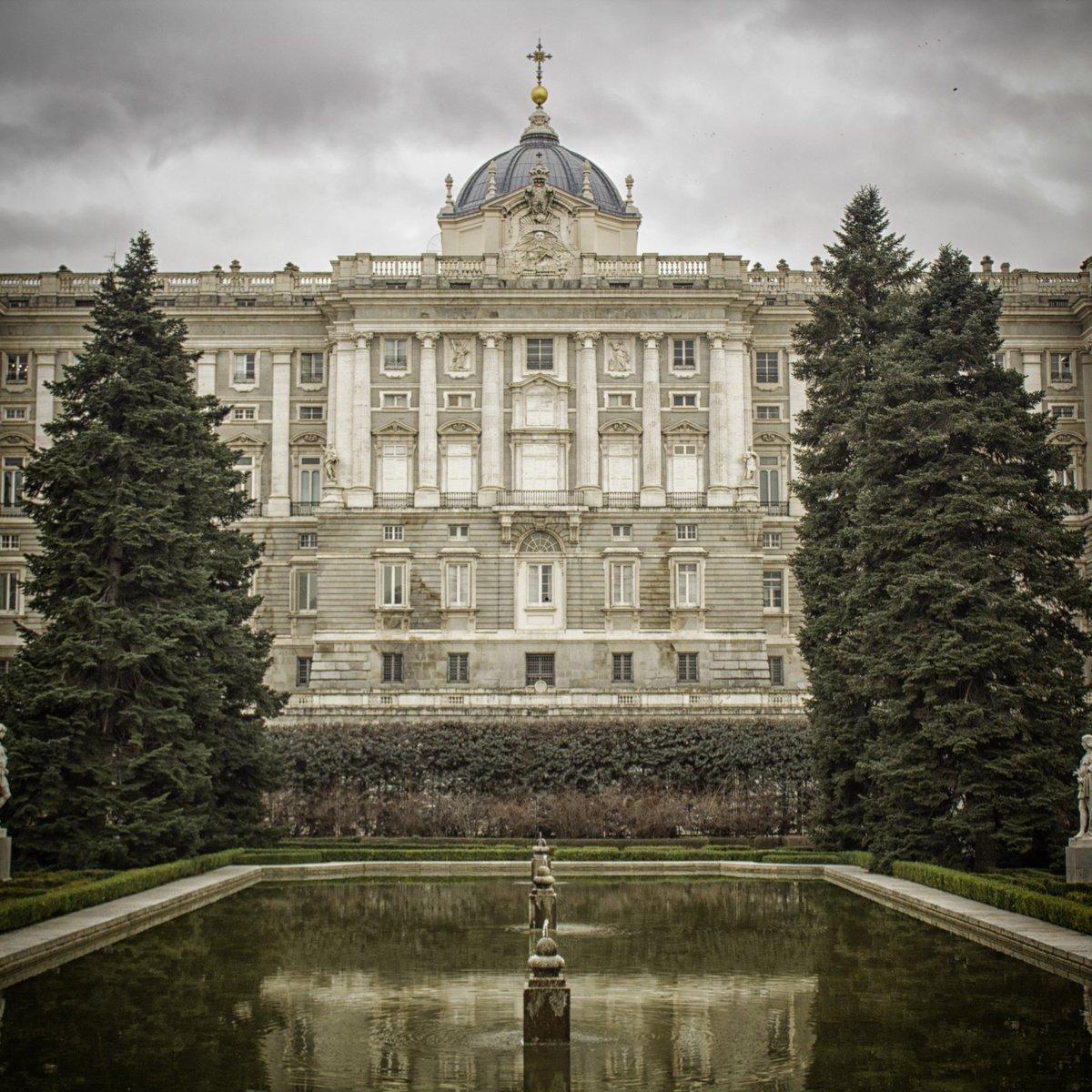 🖼 Palacio Real de Madrid 📸 Canon EOS 1300D  #Madrid #Spain #travelphoto #picoftheday #photography