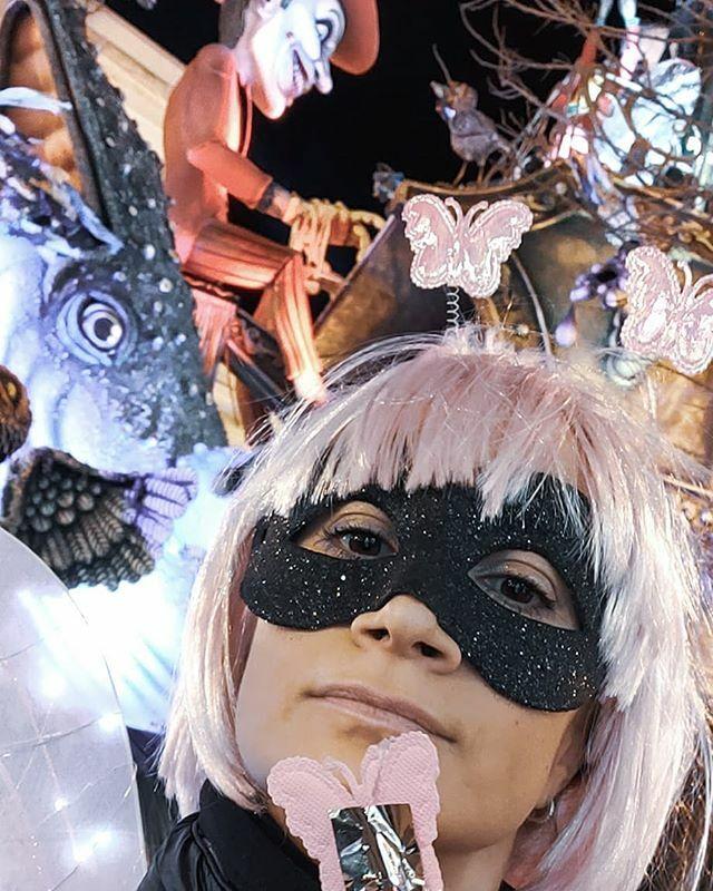 Carnevale  . . . #carnevalediputignano2020 #carnevale #butterfly #pugliesità #martedigrasso #maschera #pugliagram #pinkpic.twitter.com/HccMcwOuOL