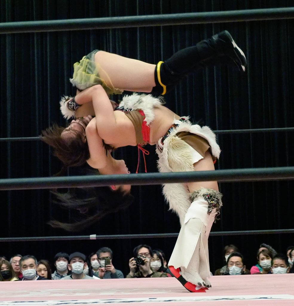 Tokyo Joshi Pro Shoko Nakajima Suzume