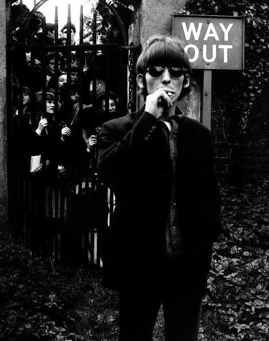 Happy Birthday to George Harrison, the best and coolest Beatle