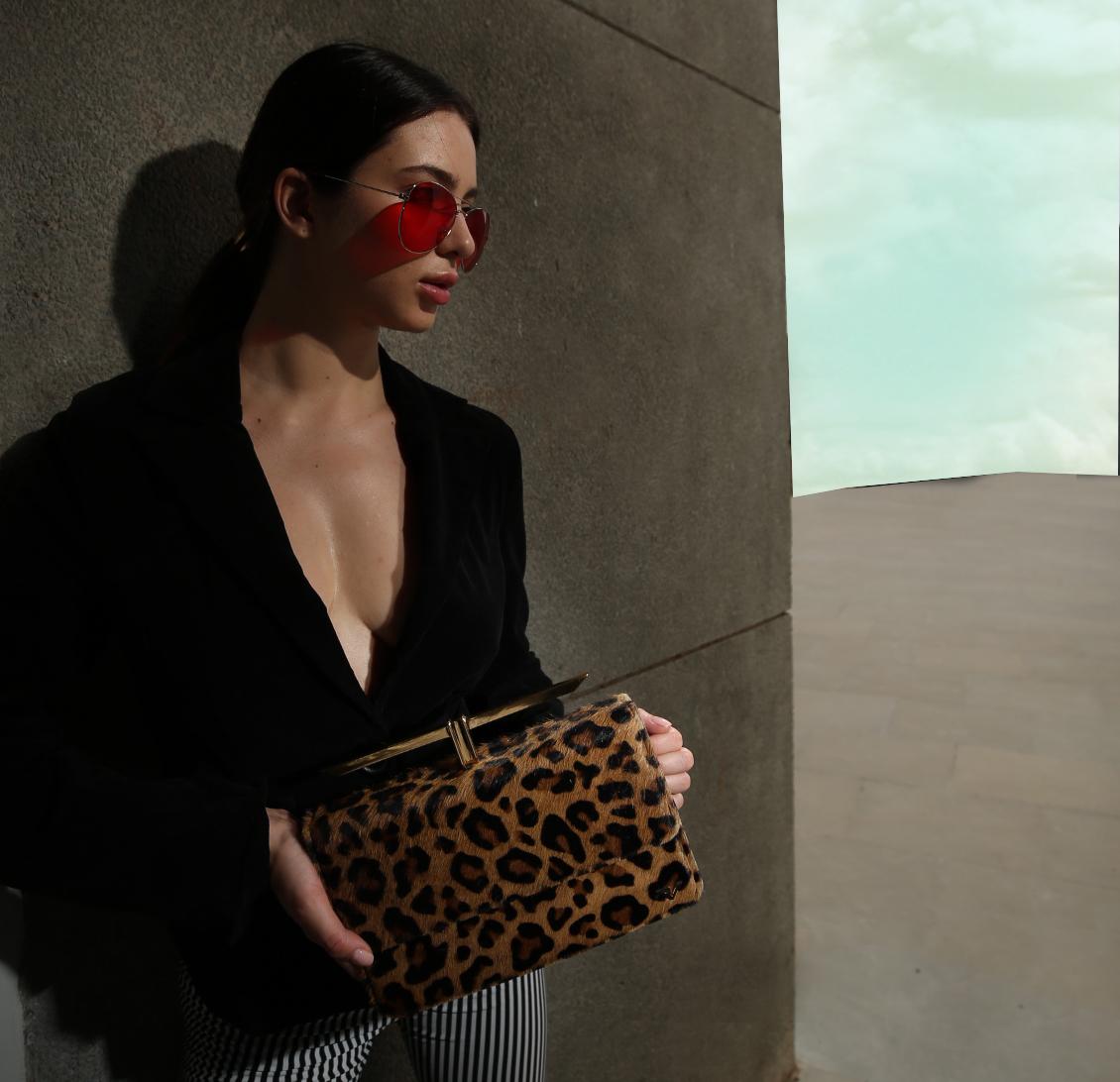 #priyankavachhani #designer #label #boutique #shopbag #shopslingbag #shophandbag #bag #handbag #baglabel #designerbag #handmade #handmadegift #shoplocal #shop #boutiquebag #boutique #shopsmallbusiness #shophandmade #bags #baglover #bagblog #leatherbag #partybag #uniquebag
