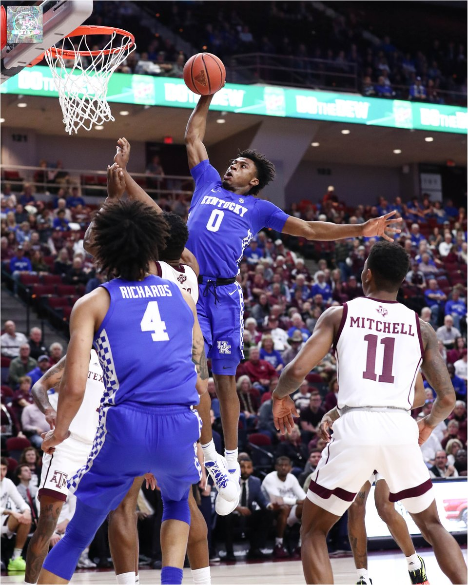 .@KentuckyMBB is now 7-2 in true road games this season with the victory in College Station.