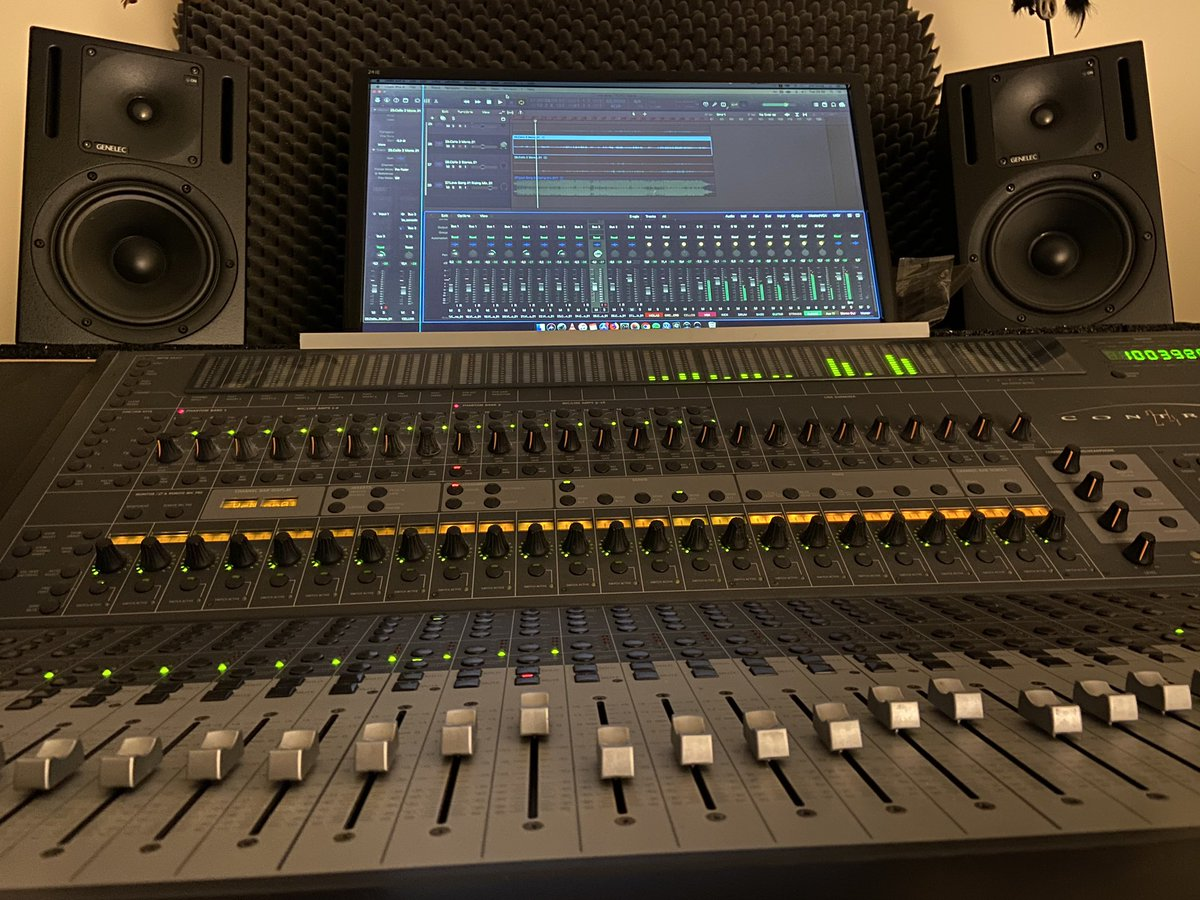 Very predictable... as always I am in front  #songwriter #musicproducer #audioengineer #homerecordingstudio #TuesdayMotivation<br>http://pic.twitter.com/pyP0ROcvrk