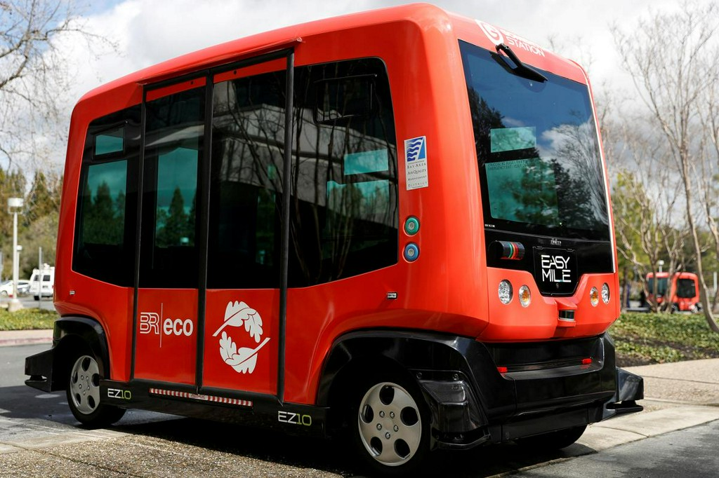 U.S. agency suspends self-driving shuttle EasyMile in 10 U.S. states https://reut.rs/2HUE0mv