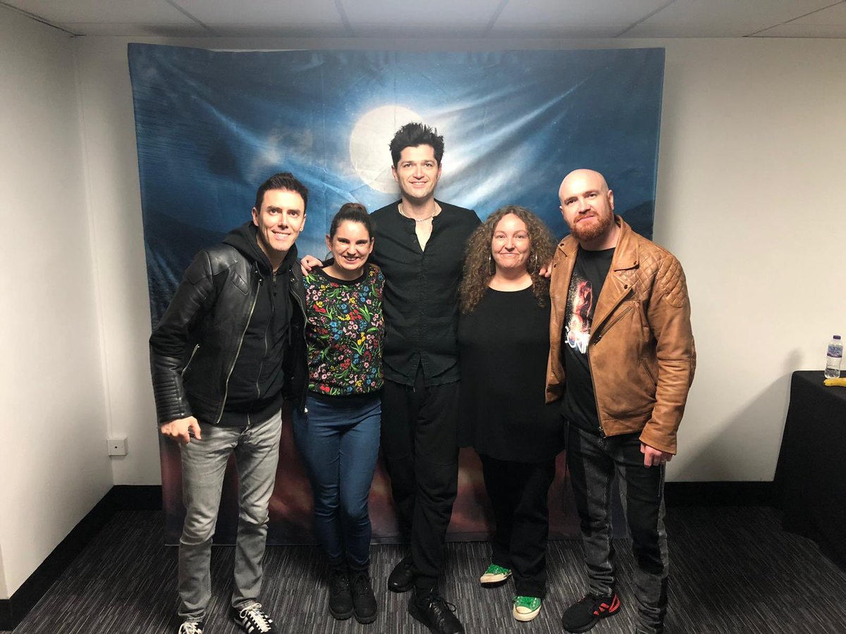 Dreams came true tonight - after being a fan of @thescript for 12 years - this happened!! Thank you sooo much for an amazing night #meetandgreet pic.twitter.com/GHOoNYeqWh