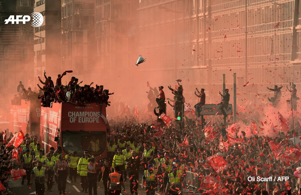 @WorldPressPhoto @NAsfouri British-based Oli Scarff (@oliscarff) was meanwhile nominated in the Sports-Singles category for his image of a sea of football supporters during Liverpools Champions League victory parade 5/5
